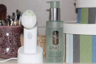 Clinique Sonic Cleansing System Purifying Brush