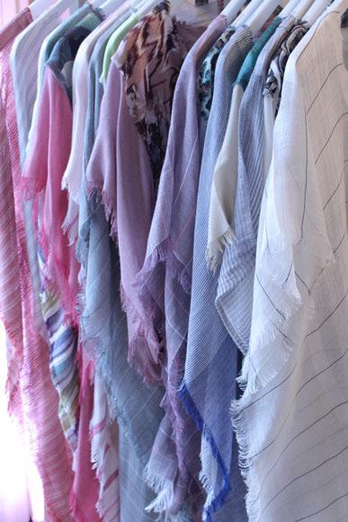 Articles vestimentaires inspirés des vacances d'été