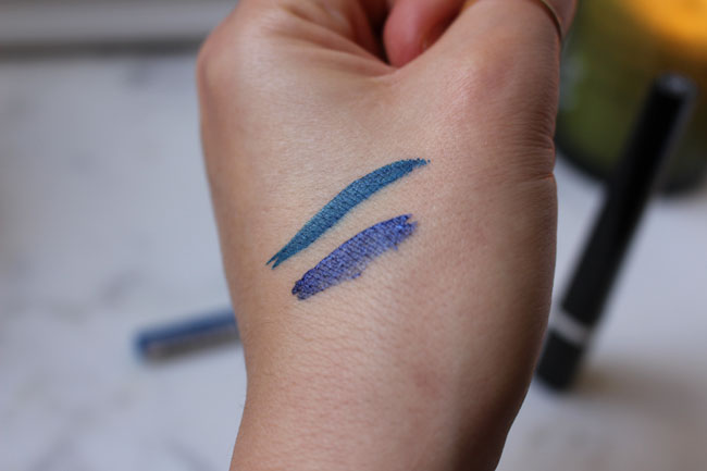 Sample on the skin - Super Liner Perfect Slim in Blue by L'Oréal