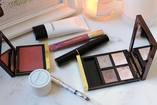 Produits utilisés pour ma routine maquillage facile et rapide