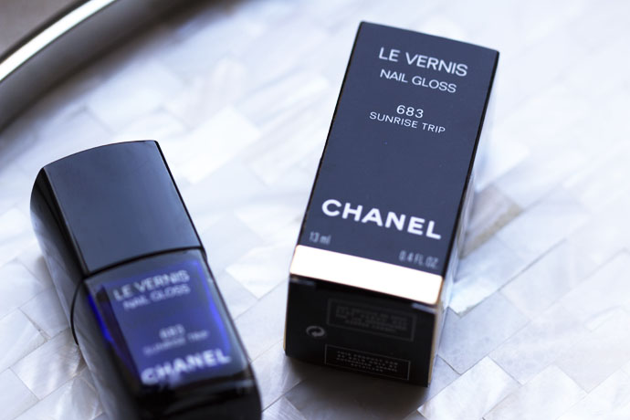 Chanel Le Vernis Nail Gloss in 683 Sunrise Trip