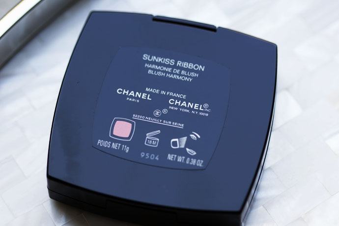 Sunkiss Ribbon Face Palette by Chanel - Black Lacquered Compact