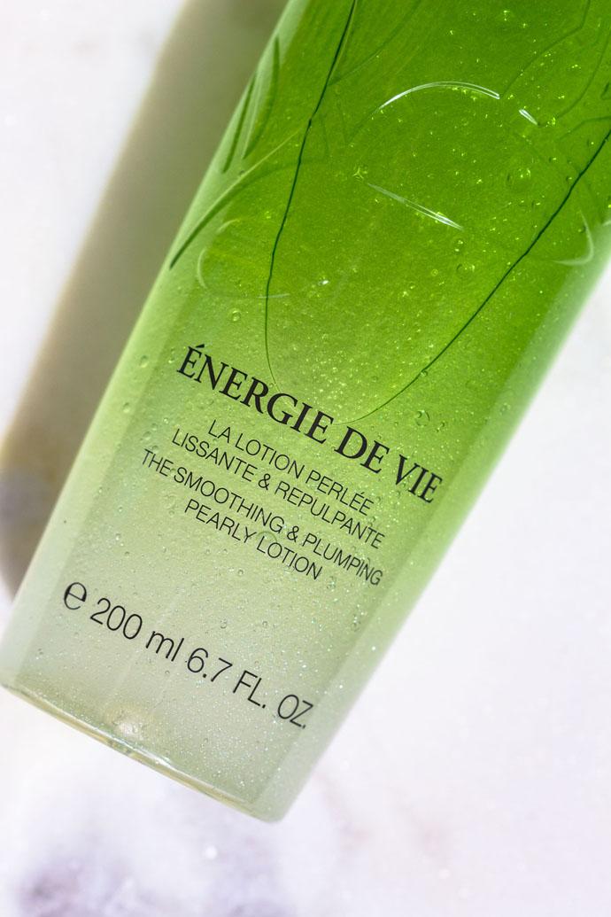 Lancôme | Énergie de Vie Pearly Wake-up Lotion (detail)