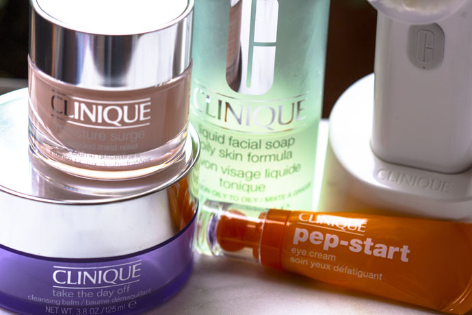 Clinique | Moisture Surge Extended Thirst Relief - Take The Day Off - Pep Start - Liquid Facial Soap - Sonic System Brush