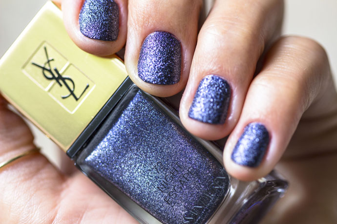YSL | La Laque Couture in Night Escape (swatch detail without top coat)