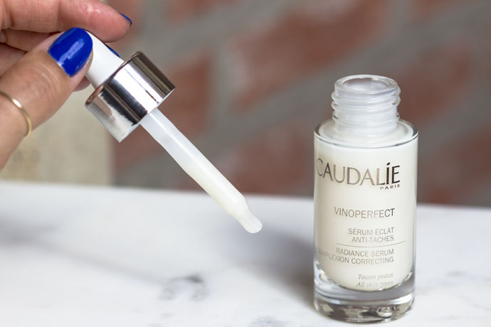 Caudalie | Vinoperfect Radiance Serum (detail)