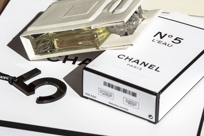 Chanel | No.5 L'Eau Package