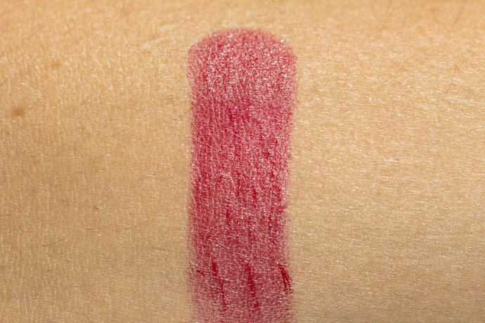 Chanel | Rouge Allure Luminous Intense Lip Colour 169 Rouge Tentation (swatch)