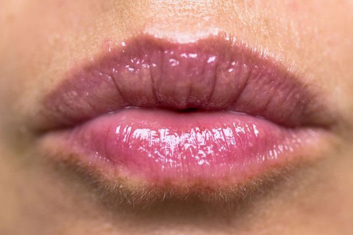 Clinique | Sweet Pots Sugar Scrub & Lip Balm (balm swatch)