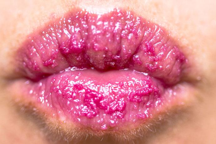 Clinique | Sweet Pots Sugar Scrub & Lip Balm (scrub swatch)
