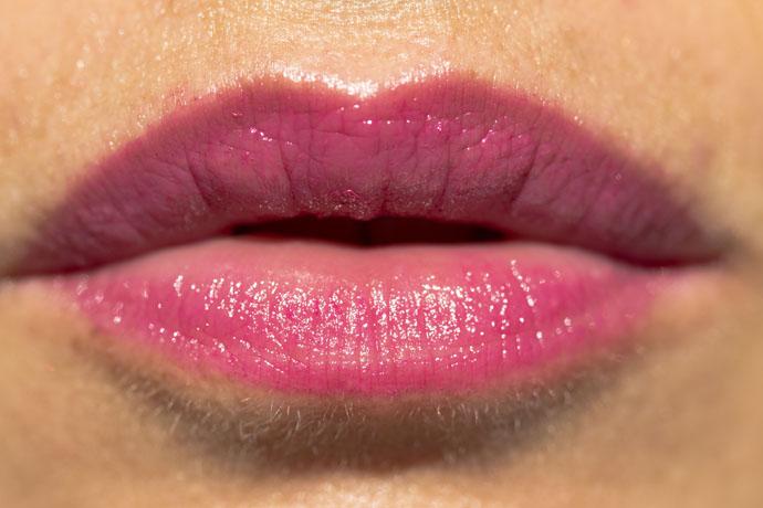 Lancôme I Sonia Rykiel Parisian Lips Le Crayon in A02 Parisian Spirit (swatch - the creamy formula)