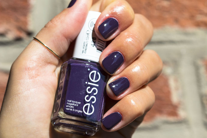 Essie | Fall Collection 2016 - kimono-over (swatch)
