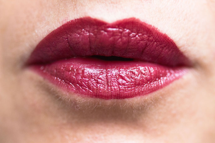 Chanel | Rouge Allure in 247 Ultraberry (swatch)