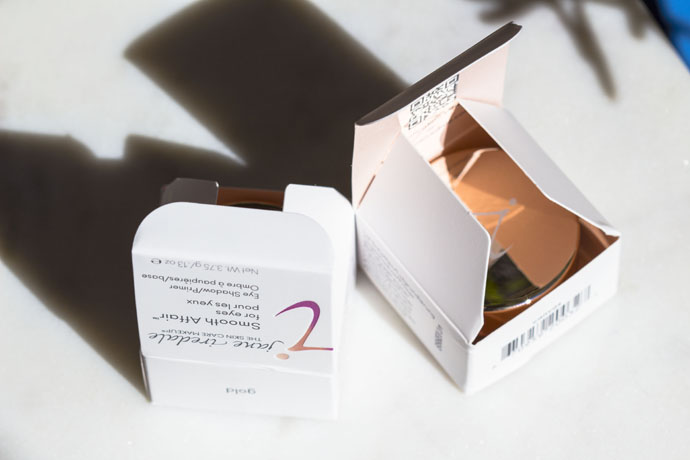 Jane Iredale   Smooth Affair for Eyes (package details)