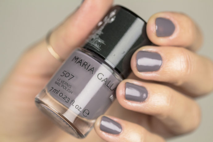 Maria Galland | Le Maquillage La Parisienne Le Vernis in 56 Taupe Chic (swatch)
