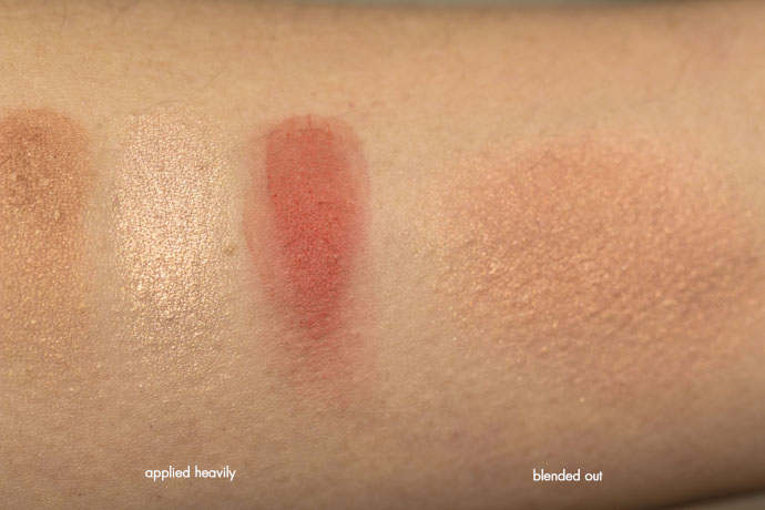 Urban Decay | Naked Flushed in Streak (swatch)