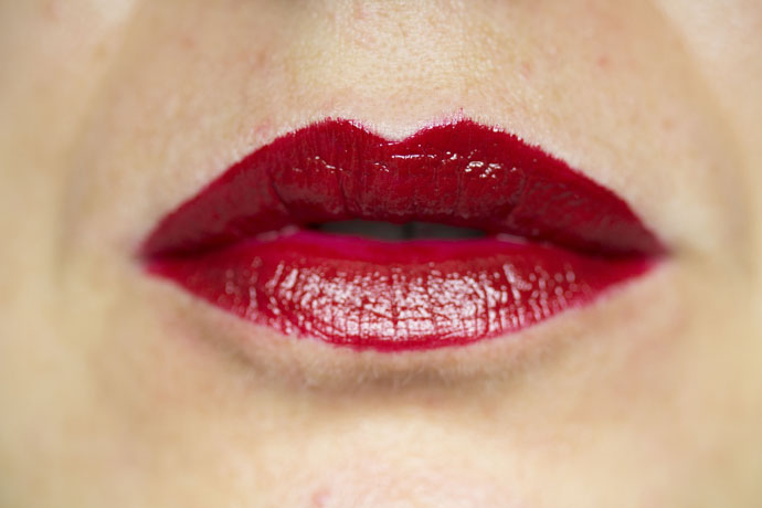 Urban Decay   Vice Lipstick in Rock Steady (swatch)