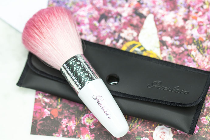 Guerlain | Météorites Powder Brush & Protective Sleeve