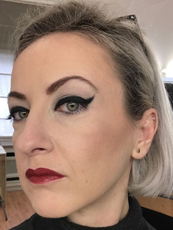 Jane Iredale | Mystikol Powdered Eyeliner in Onyx (pinup inspired makeup)