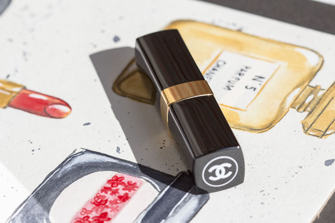 Chanel | Collection Cruise 2017 Rouge Coco Shine in 527 Golden Sun