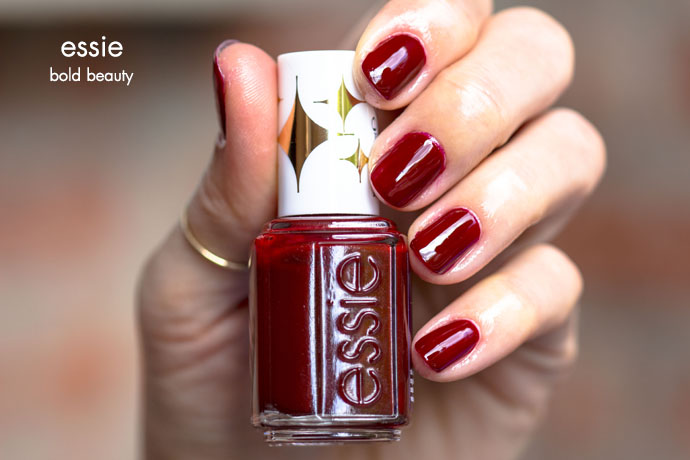 Essie | Retro Revival 2017 - bold beauty (swatch)