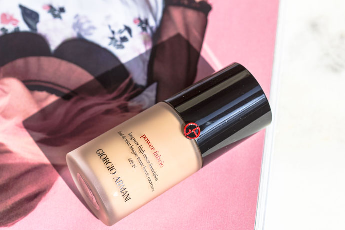Giorgio Armani | Power Fabric Longwear High Cover Foundation SPF 25