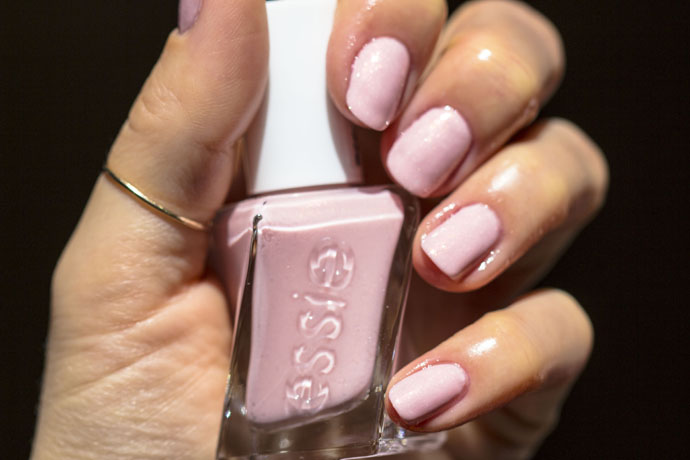 Essie Gel Couture Bridal Blush Worthy