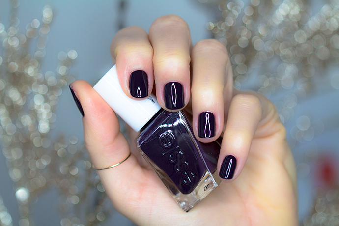 Essie | Gel Couture Holiday Collection for 2017 - Amethyst Noir