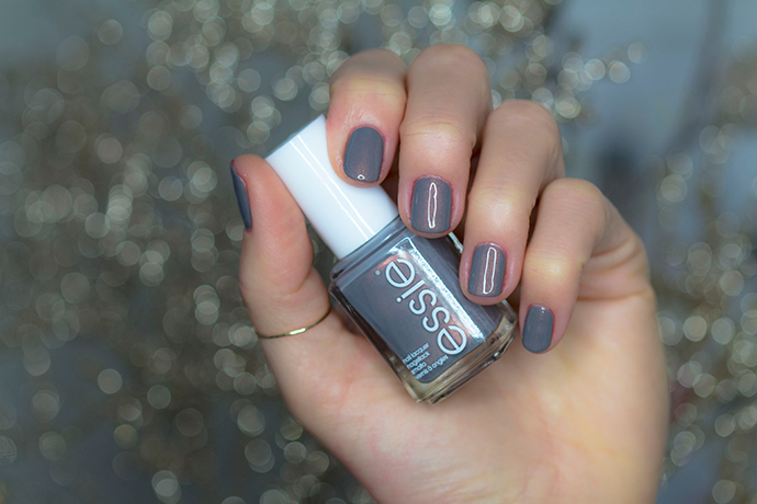 Essie | Winter 2017 - Social-Lights