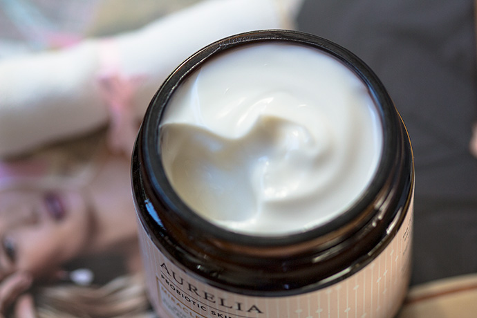 Aurelia Probiotic Skincare | Miracle Cleanser (detail)